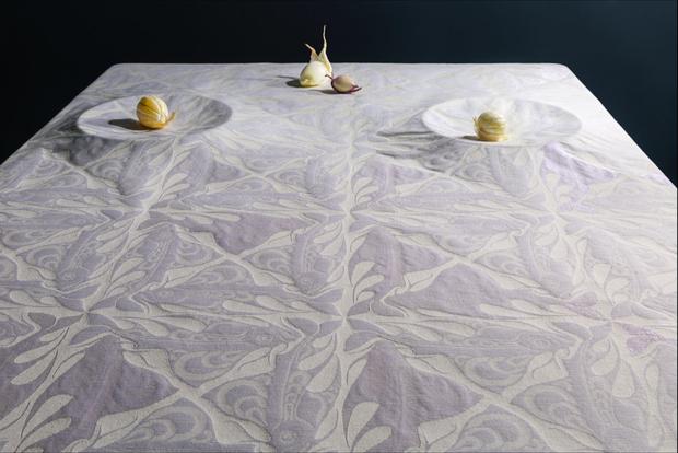 Tafelgoed Chris Lebeau by TextielMuseum. kleurontwerp door Studio Prelude Fotograaf: Josefina Eikenaar