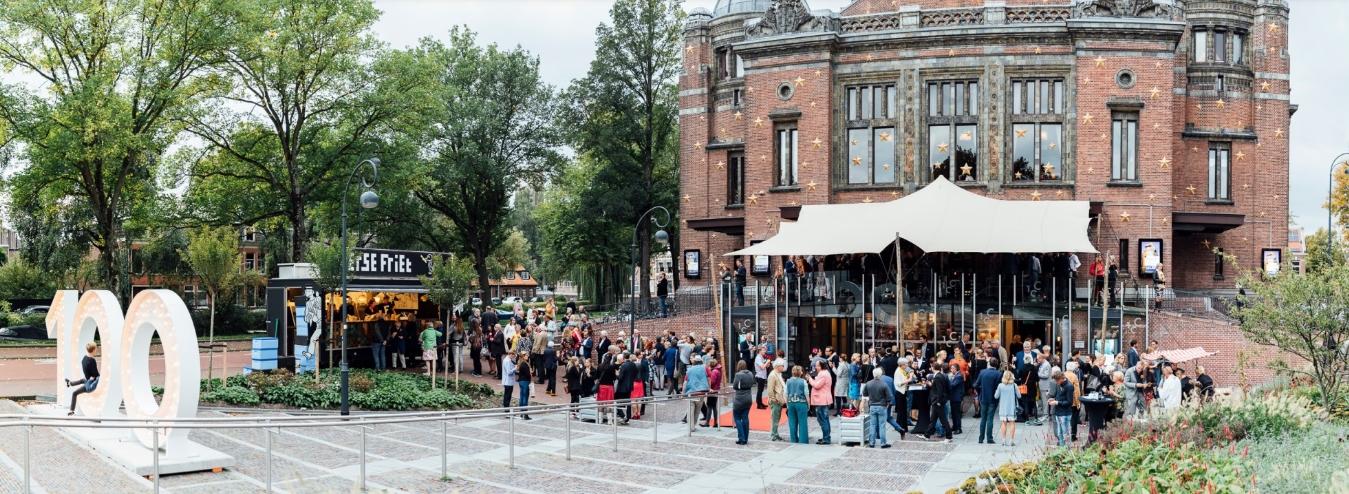 Stadsschouwburg-Haarlem-100-jaar